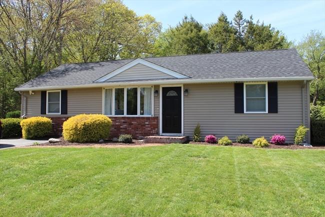 15 Wingate Lane Attleboro MA 02703