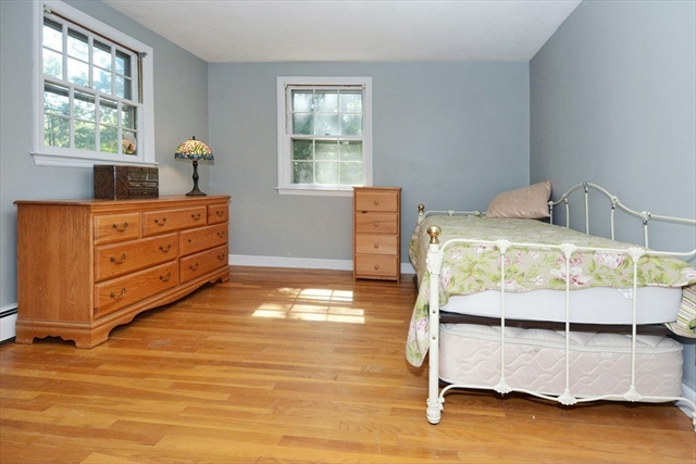 5 Sleepy Hollow Lane Andover MA 01810