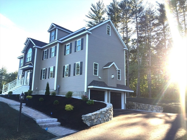 31 FIELDSTONE Lane Billerica MA 01821