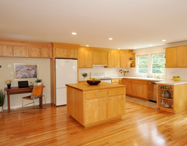 28 Powers Road Concord MA 01742