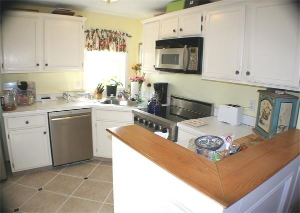 238 White Cliff Drive Plymouth MA 02360
