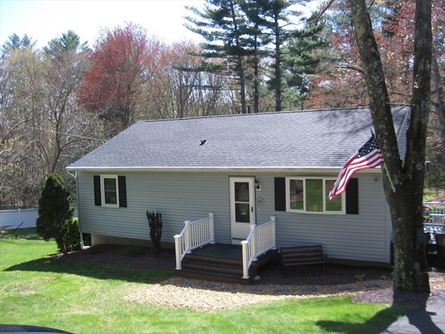 16 South LIBERTY Belchertown MA 01007