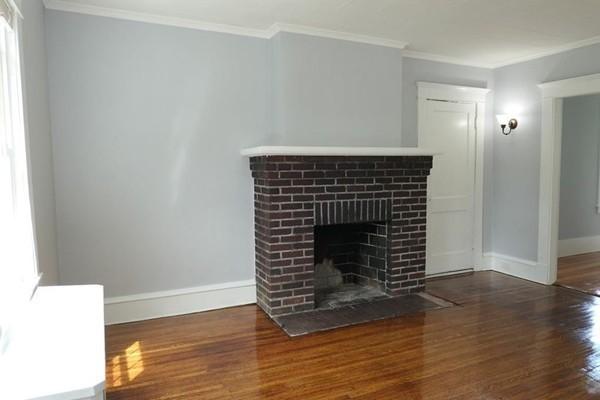 781 White Street Springfield MA 01108