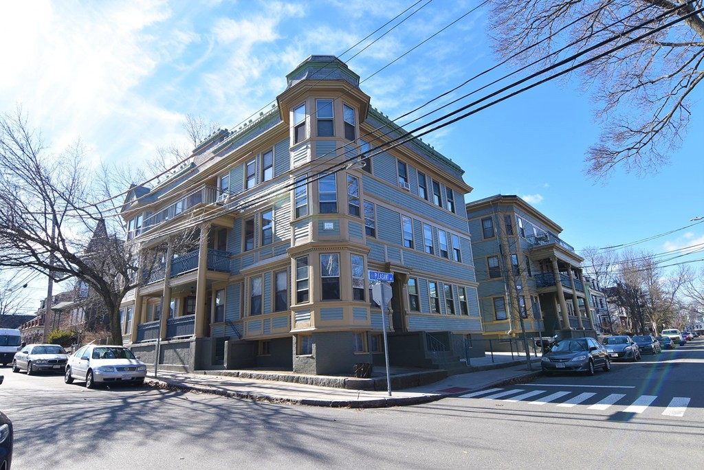 Photo of 56-58 Walnut St. & 4-6 Pleasant Ave. Somerville MA 02143