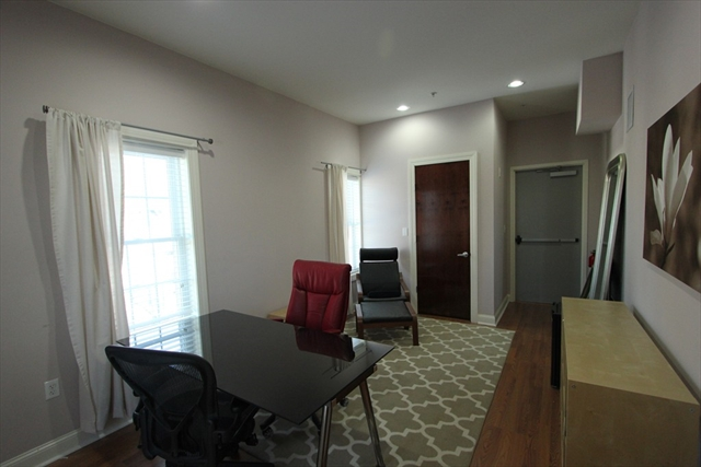 233 W Central Street Franklin MA 02038