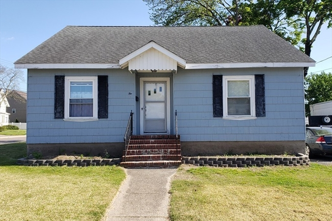 2 Lamb Street Attleboro MA 02703