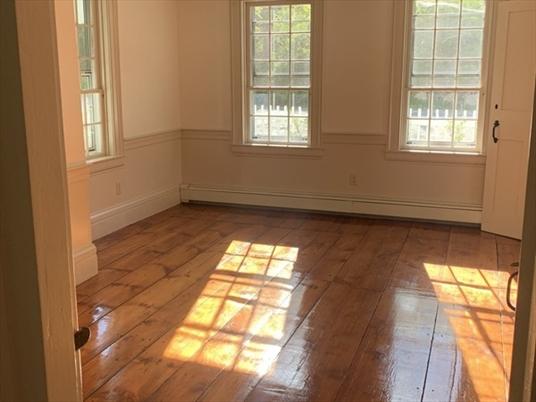 65 Orange Rd, Warwick, MA: $286,000