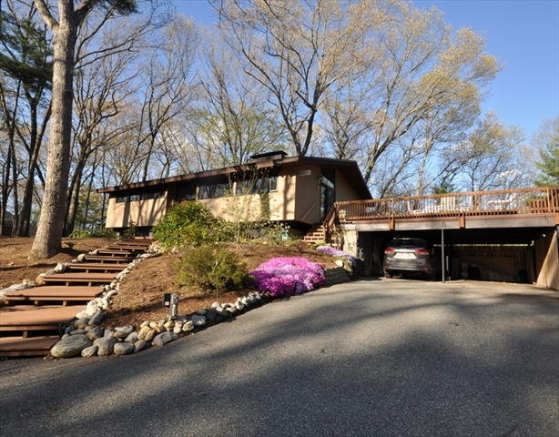 98 Jennie Dugan Road Concord MA 01742