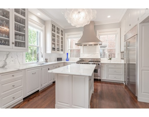 5 Beds, 4 Baths home in Boston for $5,950,000