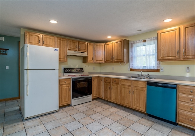 77 Old Orchard Road Hampden MA 01036