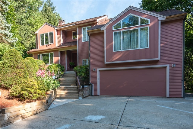 3 Spring Valley Road Worcester MA 01609