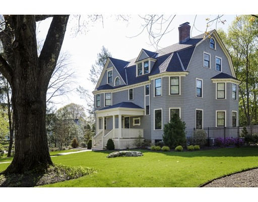 4 Eliot Rd, Lexington, MA 02421