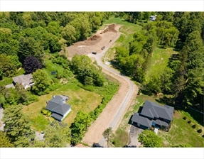 21 Training Field Road, Wayland, MA 01778