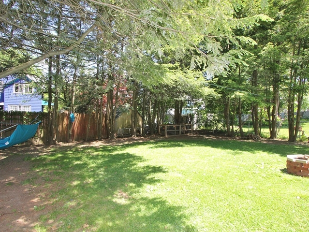 65 King Philip Road Worcester MA 01606