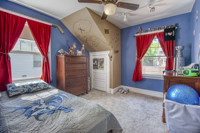 22 Colonial Avenue Lynn MA 01904