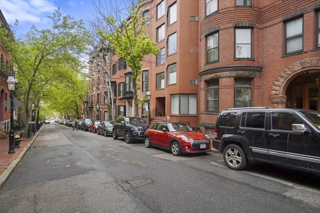 34 Hancock Street Boston MA 02114