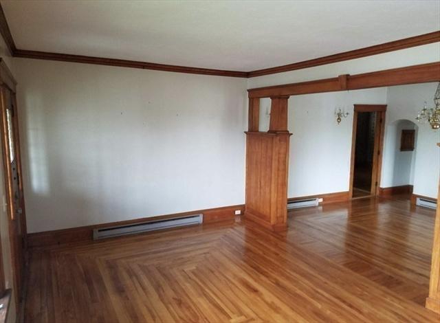132 Lake Avenue Worcester MA 01604