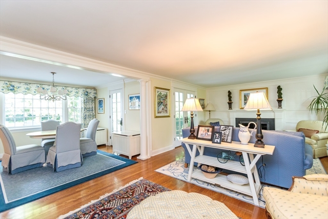 3 Ordway Road Wellesley MA 02481
