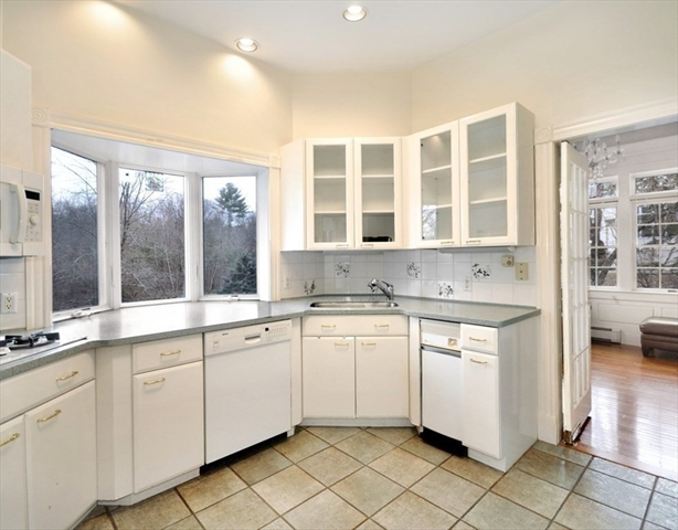 539 Strawberry Hill Road Concord MA 01742
