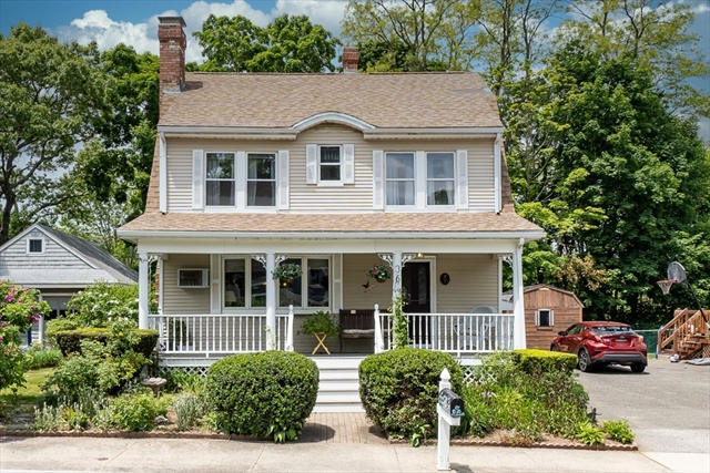 36 Central Street Middleton MA 01949