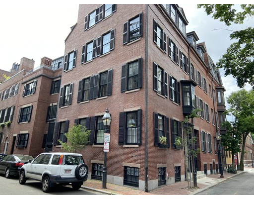 4 Beds, 3 Baths home in Boston for $3,985,000