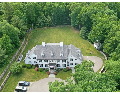 6 Beds, 6 Baths home in Weston for $5,599,900