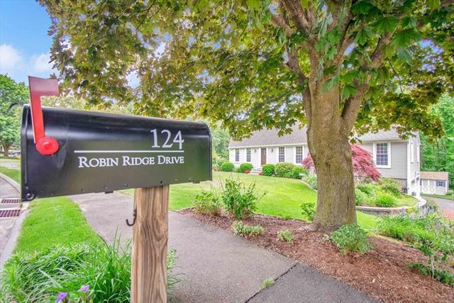 124 Robin Ridge Drive Agawam MA 01030