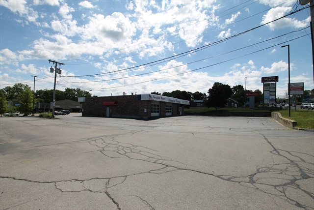 17 N Main Street Bellingham MA 02019
