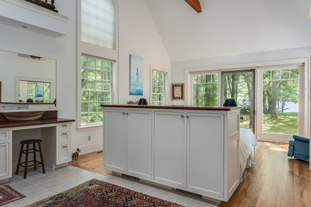 1075 Old Post Road Barnstable MA 02635