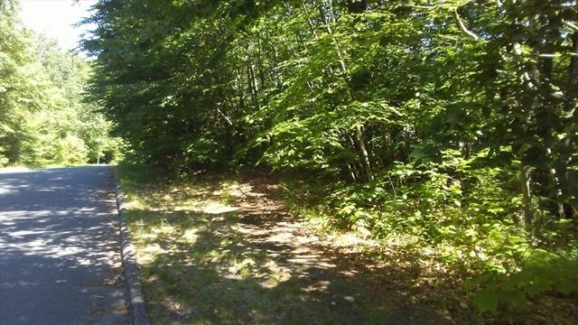 175 Woodland Way Russell MA 01071
