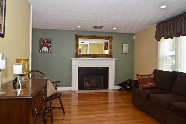 82 Stowecroft Road Arlington MA 02474