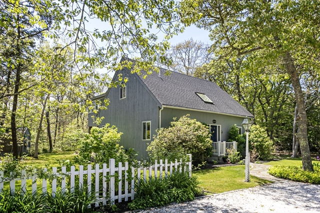 12 Gerts Way Edgartown MA 02539