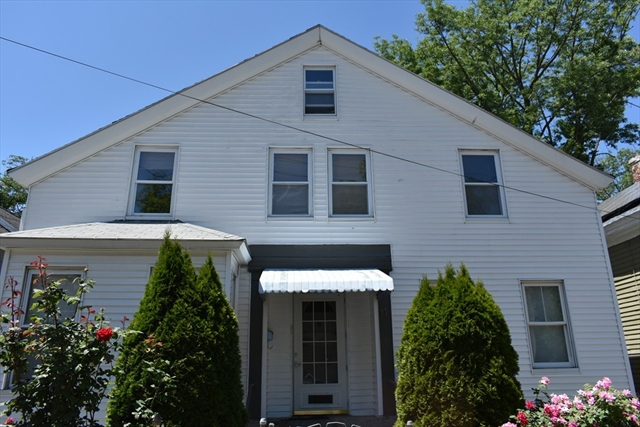 11 Willow Street Lowell MA 01852