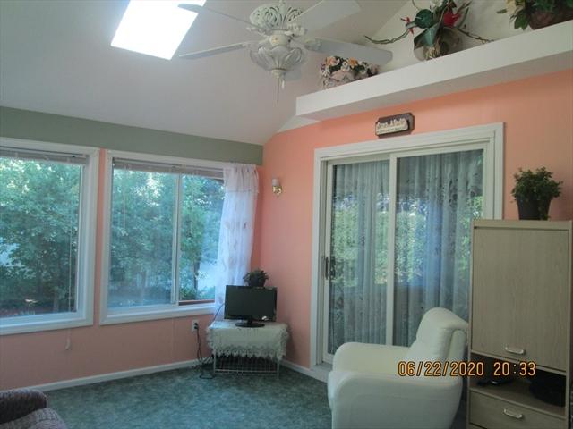 117 Parenteau Drive Chicopee MA 01020