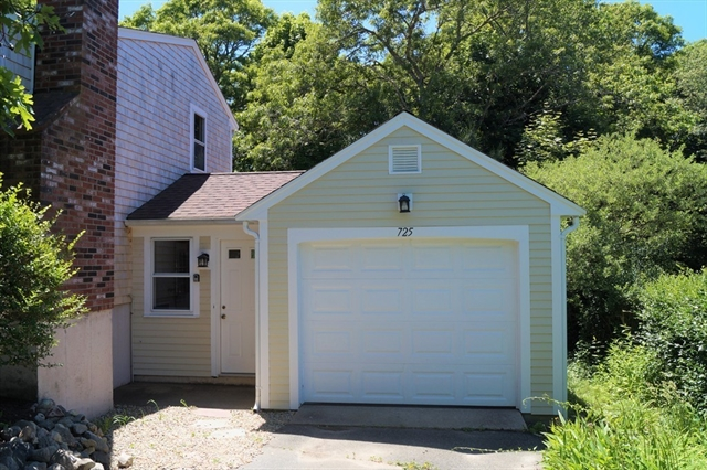 725 Old Stage Road Barnstable MA 02632