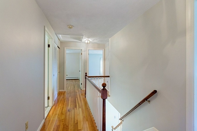13 Ivy Lane Andover MA 01810