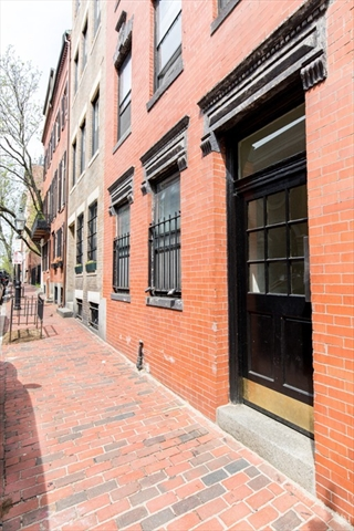 11 Phillips Street Boston MA 02114
