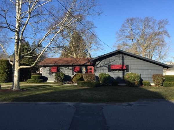 61 COULOMBE Street Acushnet MA 02743