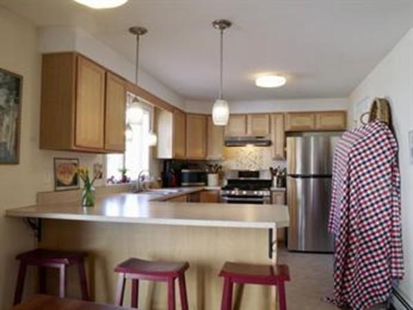 64 W Pomeroy Lane Amherst MA 01002