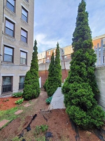 364 Riverway Street Boston MA 02115