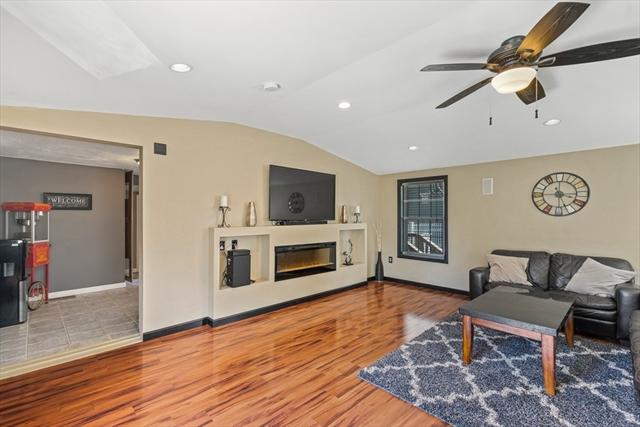 82 Wollaston Street Lowell MA 01852