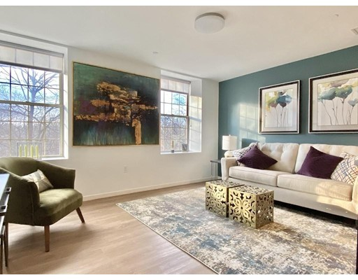 Pictures of  property for rent on South Huntington Ave., Boston, MA 02130