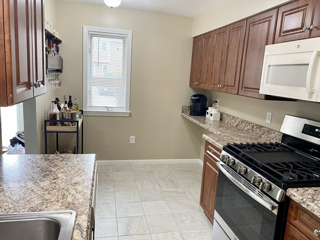 79 Steeplechase Court Haverhill MA 01832