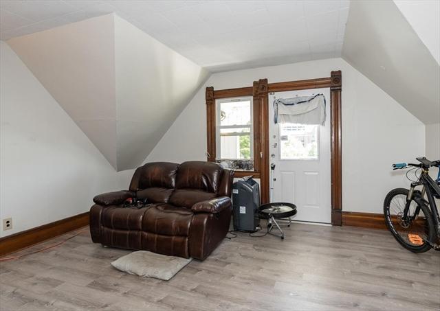 672 Chestnut Street Springfield MA 01107
