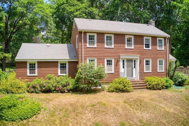 25 Sweetwater Avenue Bedford MA 01730