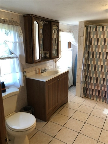 132 Grandview Avenue West Springfield MA 01089