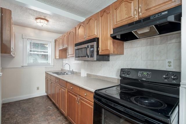 27 Emery Street Lowell MA 01851