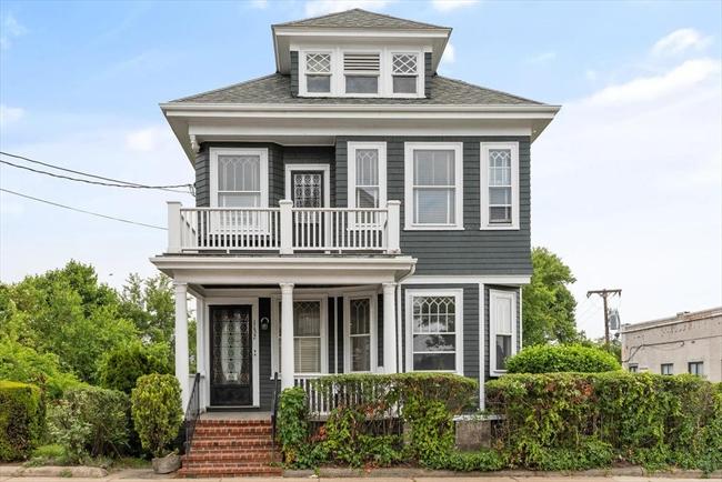 1132 Saratoga Street Boston MA 02128