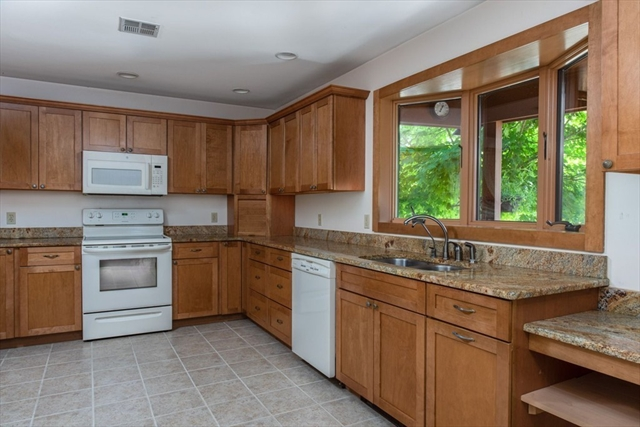 127 Lake Street Plympton MA 02367