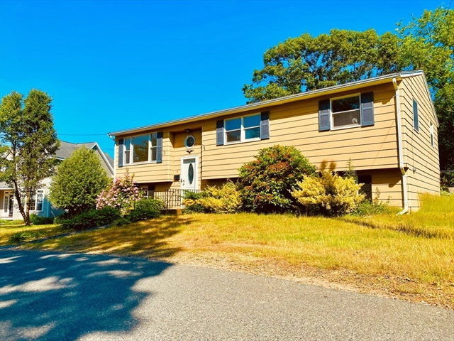 8 Harriet Road Gloucester MA 01930